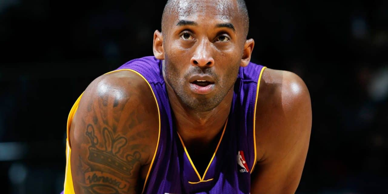 La estrella de la NBA, Kobe Bryant muere en un accidente de helicóptero