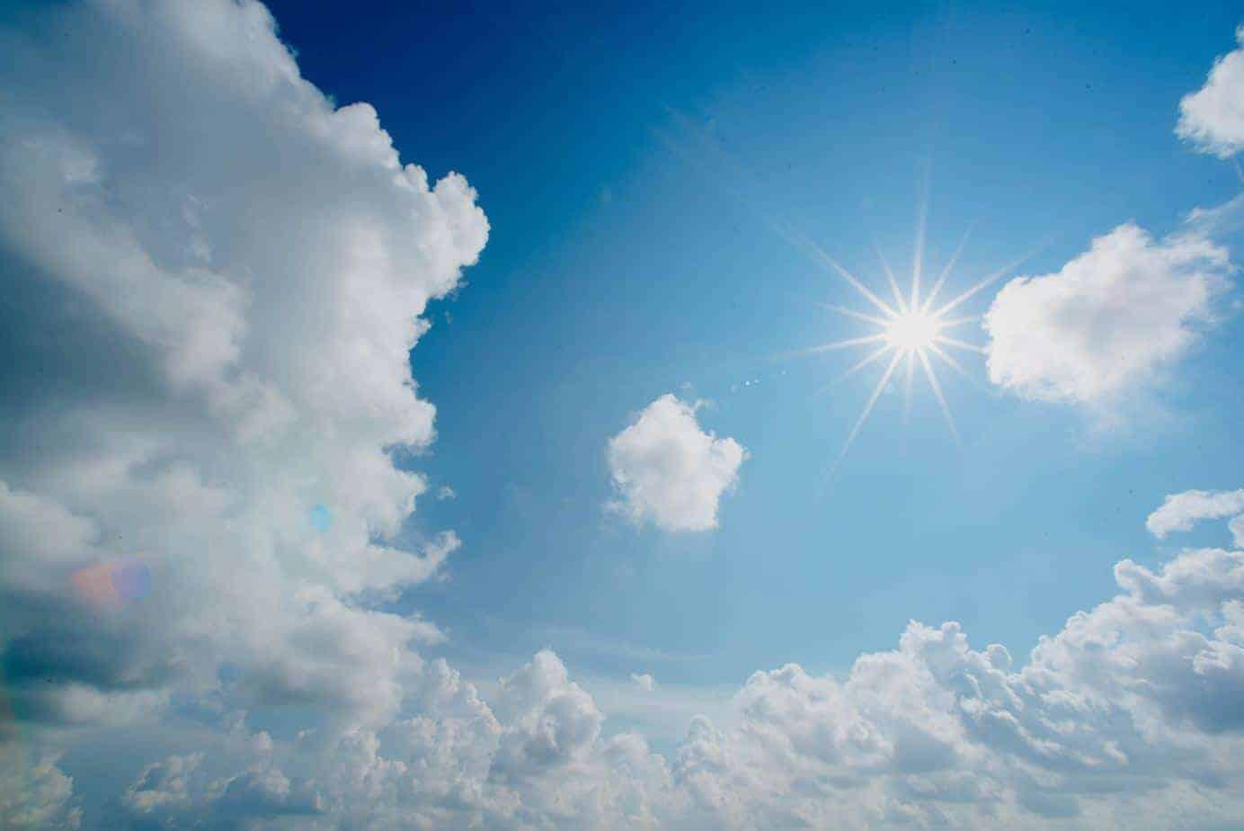 cielo con sol
