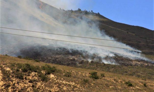 Bomberos controlan incendio en el cerro Casitagua después de 72 horas