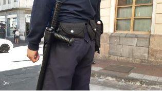 Agentes de la Policía Metropolitana de Quito usarán armas no letales