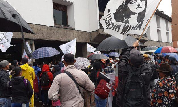 Comerciantes informales piden al alcalde Yunda que les deje trabajar