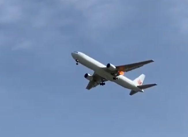 El aeropuerto de Barajas espera el aterrizaje de un avión con una rueda dañada y 130 pasajeros a bordo