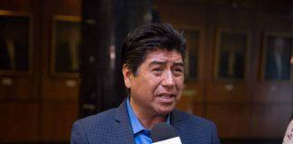 Jorge Yunda Machado, alcalde de Quito durante una declaración a la prensa. Foto: Asamblea Nacional del Ecuador.