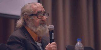Alejandro Moreano, durante una de sus conferencias.