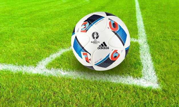 El balón es un elemento de contagio, advierten Federación de Médicos Deportivos