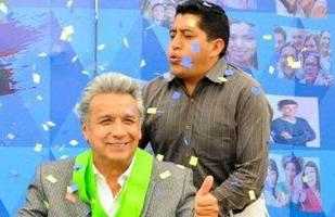 Nepotismo: Moreno entrega cargo público a la esposa de su ayudante de movilidad