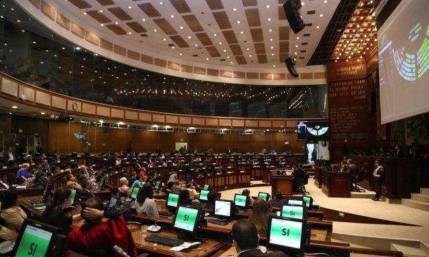 Ninguna unanimidad, informe deja claro que Alianza País controla la Asamblea