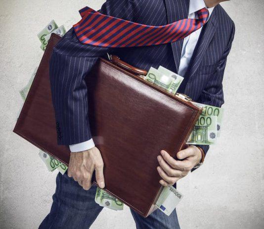 Evadir impuestos es un delito.