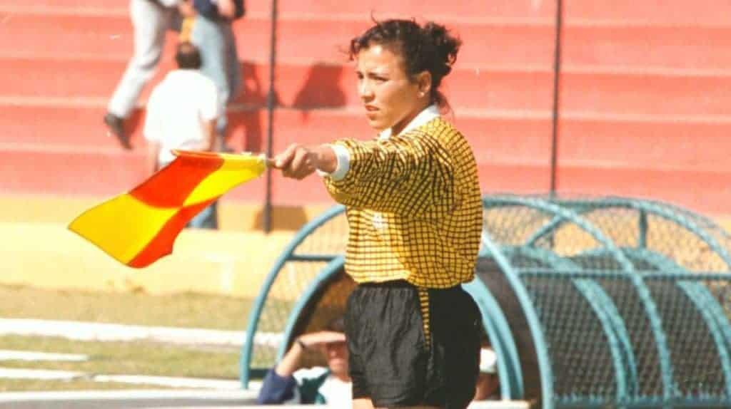 Muere Rosa Canales, pionera del arbitraje femenino nacional