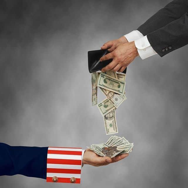 Para renegociar la deuda, los acreedores nacionales exigen un nuevo acuerdo con el FMI