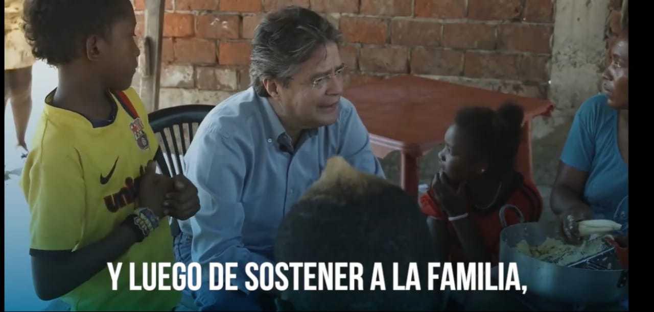 Guillermo Lasso publicidad propaganda CREO