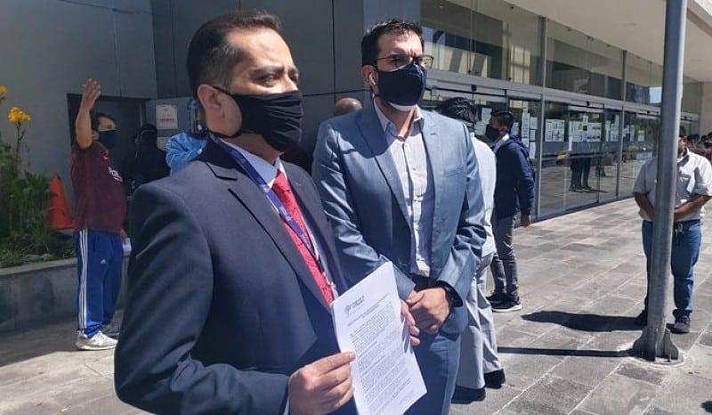 Defensoría del Pueblo exige pago a servidores públicos