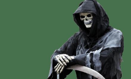 La muerte alerta a los viajeros en el feriado (video)