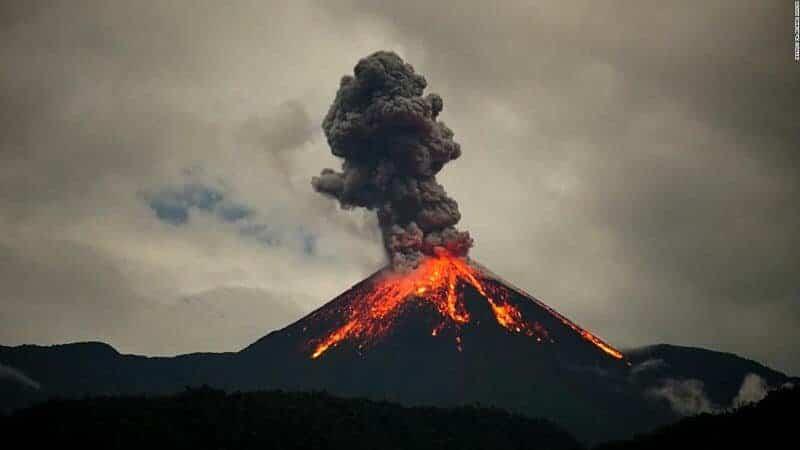 https://www.google.com/url?sa=i&url=https%3A%2F%2Fcnnespanol.cnn.com%2Fvideo%2Fcnnee-panorama-volcan-reventador-ecuador%2F&psig=AOvVaw3BElQ9Mq8rfdQkYcEfwcXF&ust=1601137683896000&source=images&cd=vfe&ved=0CAIQjRxqFwoTCMCFk-7chOwCFQAAAAAdAAAAABAD