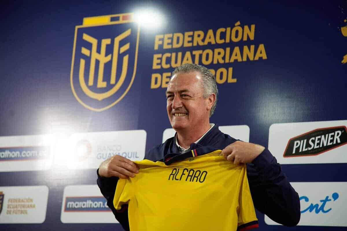 Elimatorias: Gustavo Alfaro
