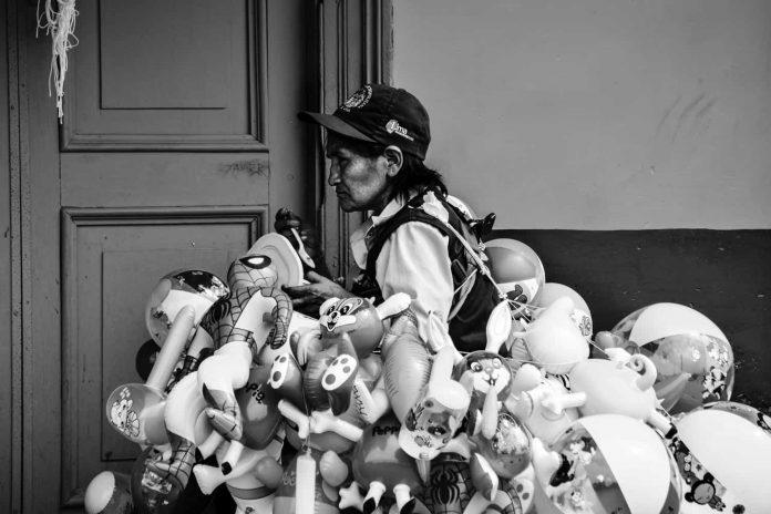 Familias / Photo by July Brenda Gonzales Callapaza on Unsplash