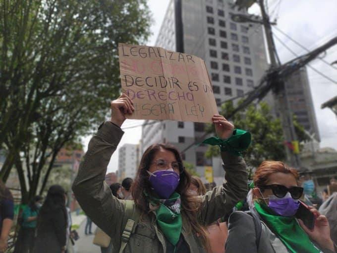 Despenalización del aborto por violación en Ecuador